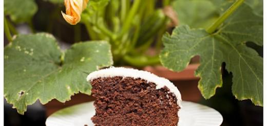 Chocolate Courgette Cake http://vagabondbaker.com/2012/07/28/chocolate-courgette-cake/