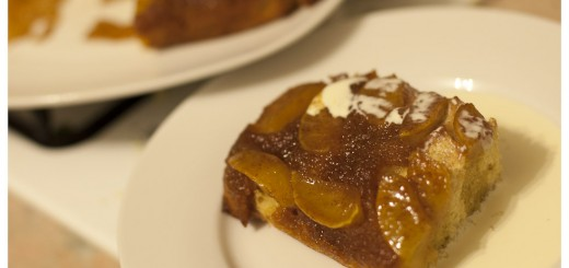 Apple Upside-down Pudding Cake