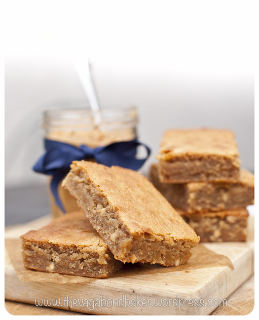 Peanut Butter and White Chocolate Blondies | Vagabond Baker