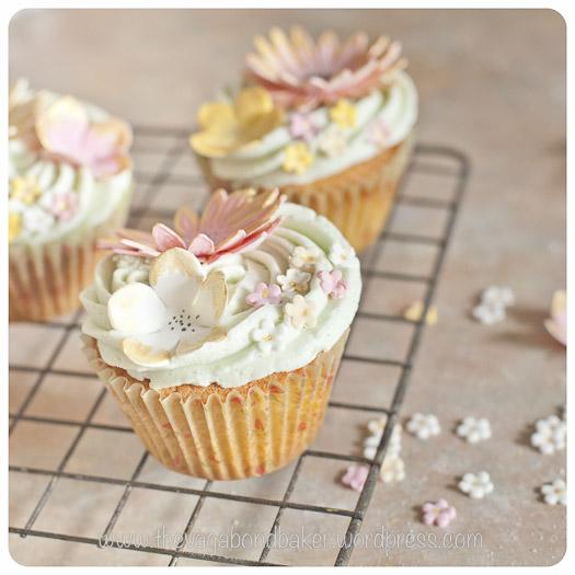 Vanilla Cupcakes and Sugarpaste Flowers | Vagabond Baking
