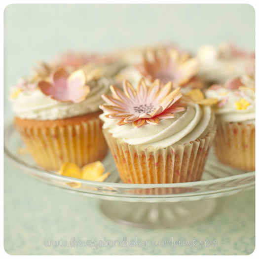 Vanilla Cupcakes and Sugarcraft Flowers http://vagabondbaker.com/2013/03/10/vanilla-cupcakes-and-sugarcraft-flowers/