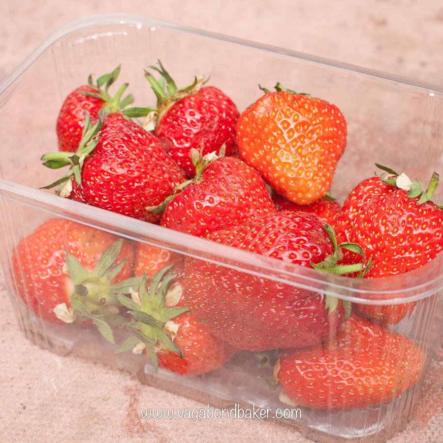 Strawberries and Cream Meringue Cake   Vagabond Baking-8