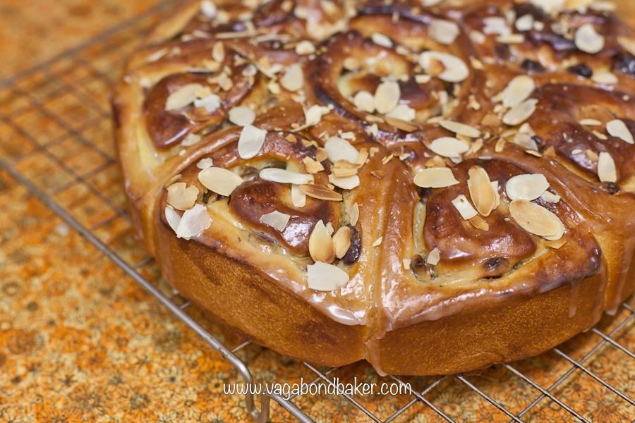Raisin Bread Cake {rosenkuchen}