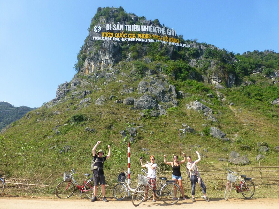 Cycling to Son Trach. Photo credit: Emily Nanni