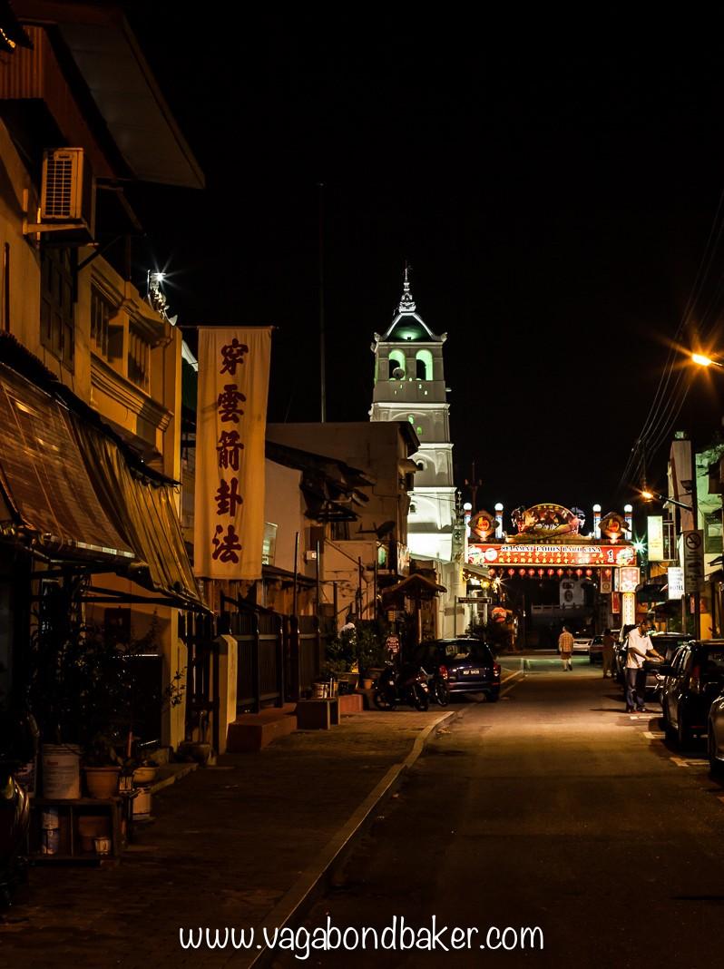 Melaka at night, the lovely minaret of the Kampung Kling mosque.