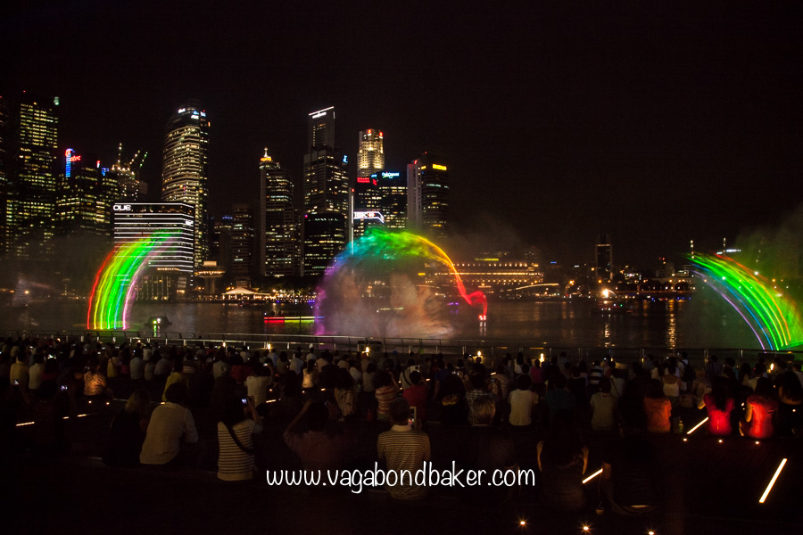 Light show, free things to do in Singapore