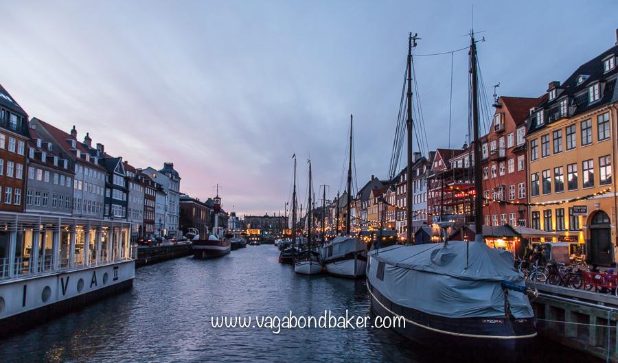 Christmas market along Nyhavn