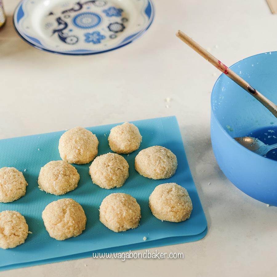 No Bake Vegan Coconut Macaroons