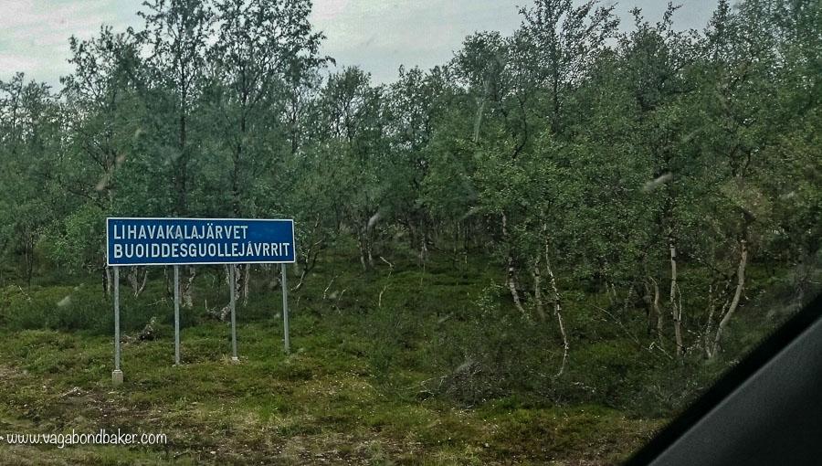 Finland Summer Road Sign, lihavakalaajärvit